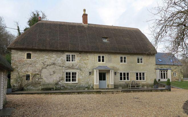 farmhouse-baxter-green-architects-wiltshire-i
